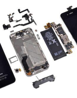 Айфон 4s в разобранном виде