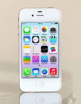 Белый Айфон 4 на фото