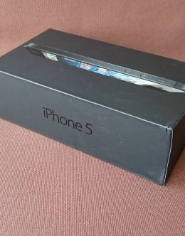 Коробка и комплектация iPhone 5
